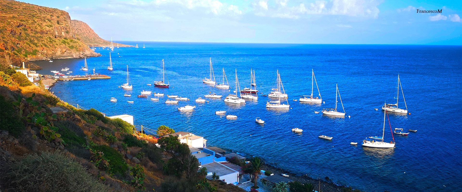 Filicudi, porto di Pecorini mare